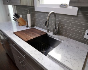 modern-kitchen-sink-with-cutting-board-with-marble-countertop-with-drawers-knife-set-gray-backsplash-awesome-modern-kitchen-sink-with-cutting-board-that-really-useful